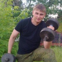 Я парень из Севастополь. Ищу девушку для секса в своем авто.