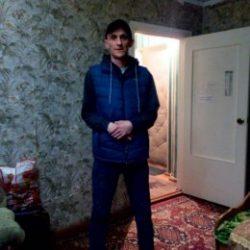 Парень. Ищу девушку для секса в Севастополе